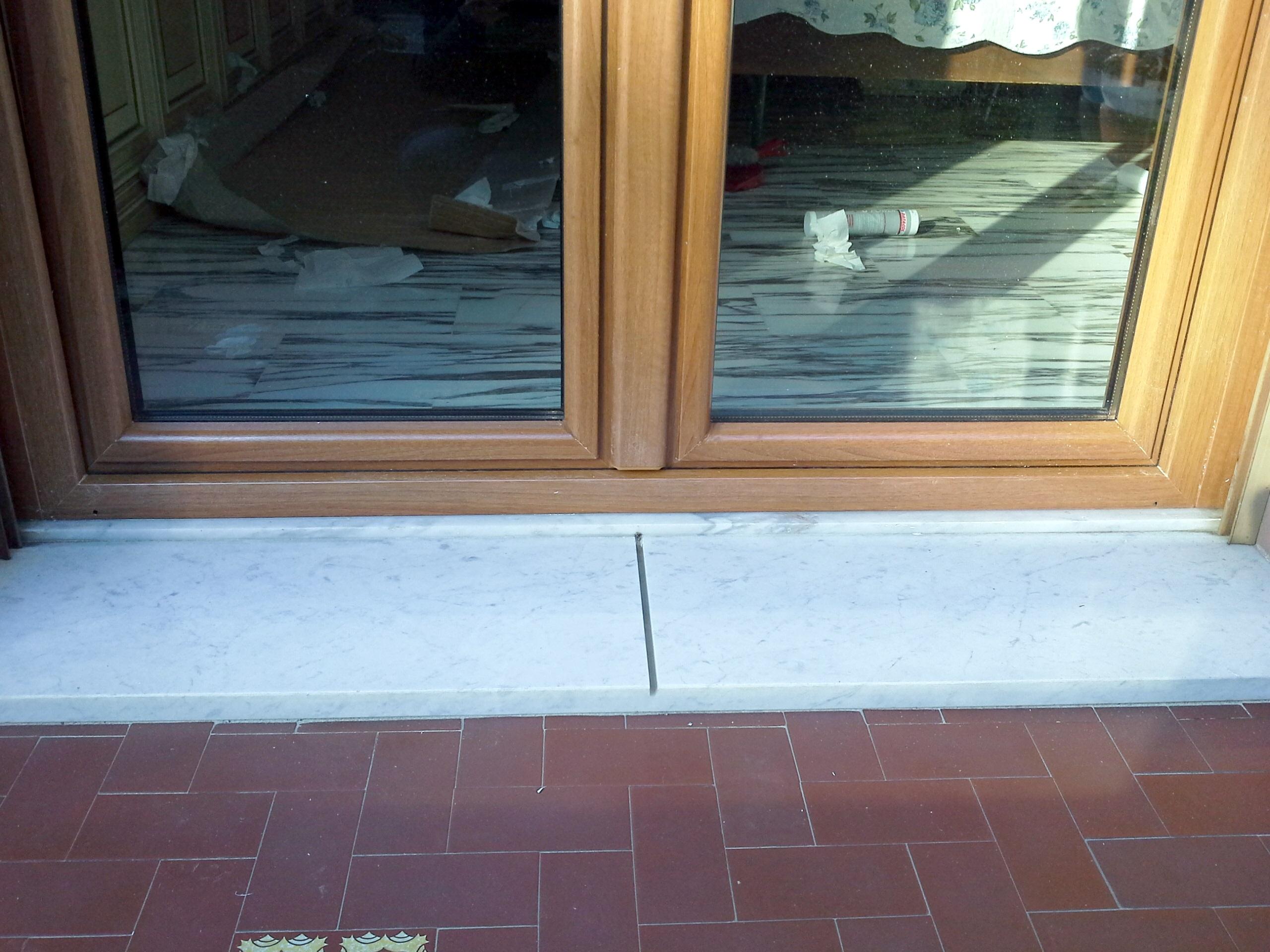 Nostri lavori finestre in pvc tinta legno infissi for Finestre pvc genova