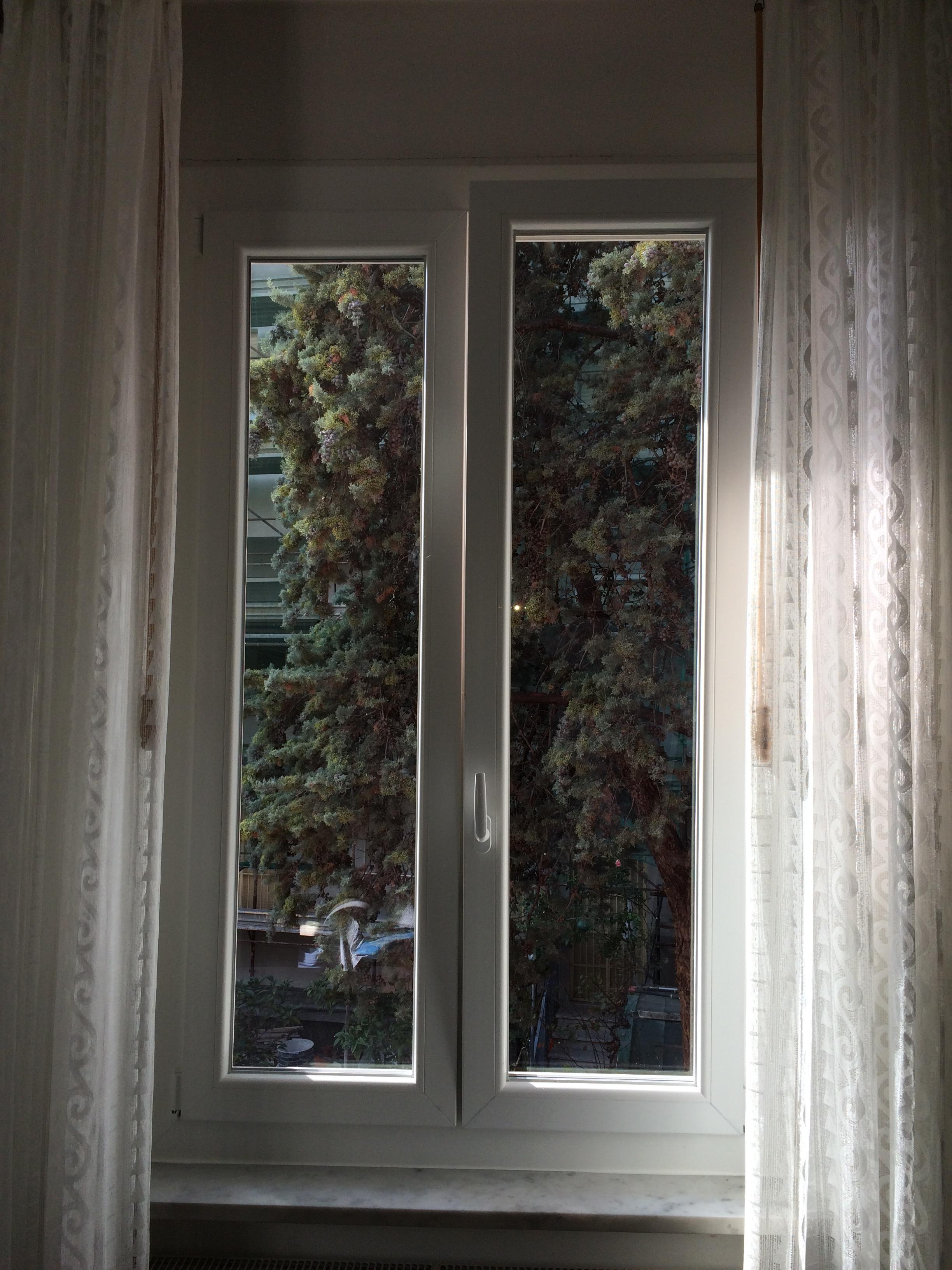 Nostri lavori finestre senza opere murarie infissi - Finestre senza telaio ...