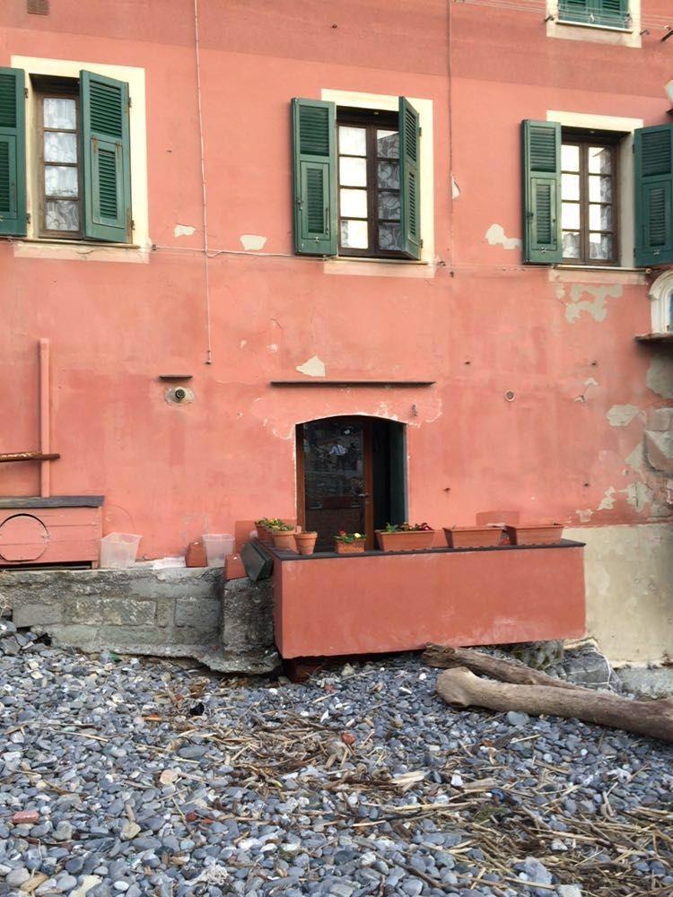 Finestre boccadasse infissi genova garrone serramenti - Porte e finestre genova ...